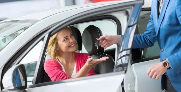 Приобрести автомобиль в кредит